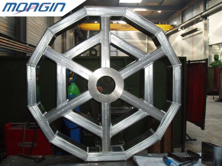 Exemple de bâtis mécano-soudés en aluminium.